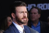 Chris Evans Thinks Captain America Should be in 'Spider-Man: Homecoming'