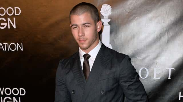 Nick Jonas Confirms he isn't Dating Kate Hudson, Rather Someone Else Famous