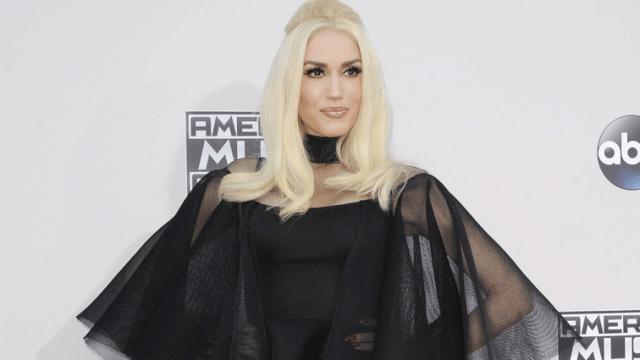 Gwen Stefani Brings Bullied Boy Up on Stage