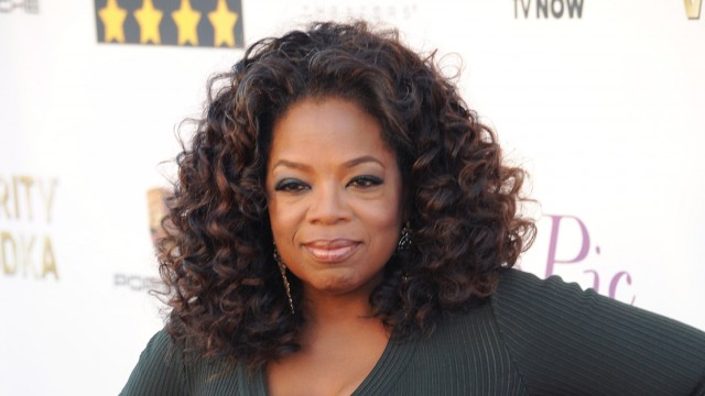 """Oprah Admits That She Did """"Think About"""" Running for President"""