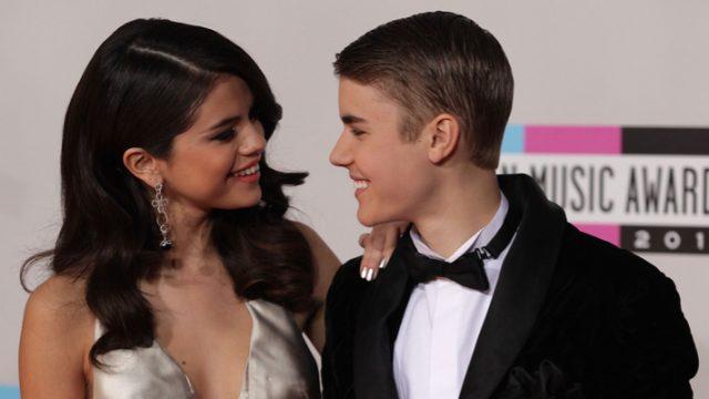 Justin Bieber & Selena Gomez Head to Jamaica for His Dad's Wedding
