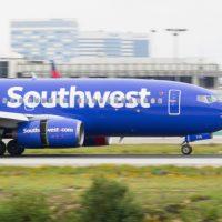 Former Navy Pilot, Tammie Jo Shults, Named As Hero Who Landed Damaged Southwest Flight
