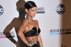 RihannaCalvinHarrisReleaseTrackThisIsWhatYouCameFor..jpg