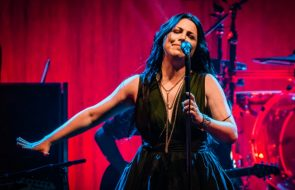 Amy Lee Confirms Evanescence Are Planning First Studio Album Since 2011