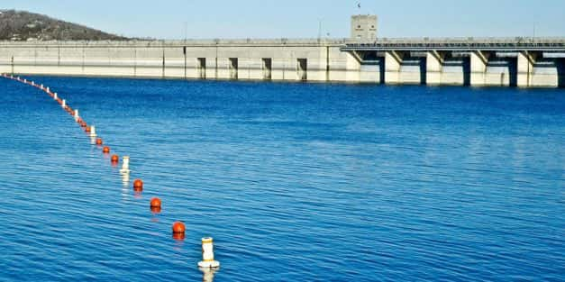 Missouri tourist boat sinks in water, kills 13 people
