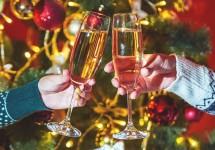Christmas-Glasses-shutterstock_531000082.jpg