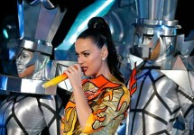 Katy Perry performs at Super Bowl 49; Tom Pennington/Getty Images