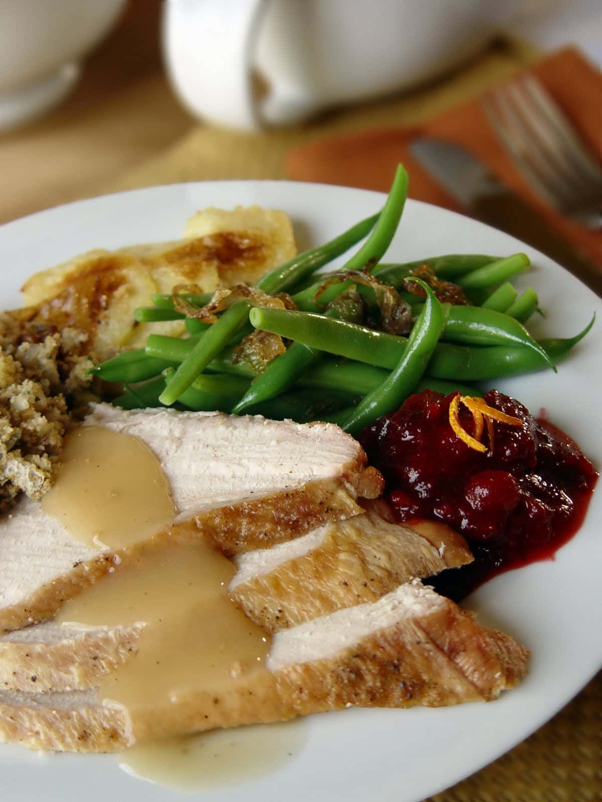Thanksgiving Dinner at Stratford Hall & Thanksgiving Dinner at Stratford Hall | B101.5 | All of Todays Best ...