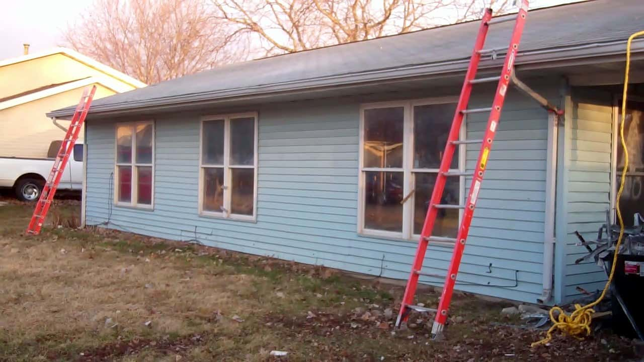 Work begins on new Habitat house in Yates