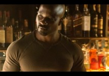 092816-Celebs-Ten-Things-You-Should-Know-About-Luke-Cage-Luke-Cage-split