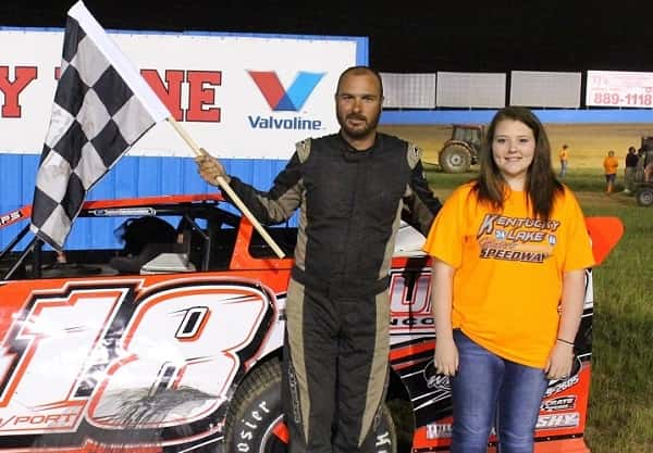 Tait Davenport won the 25-lap Crate Late Model feature Saturday at KLMS.