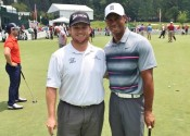 On Wednesday, Patrick Newcomb met Tiger Woods and posted this photo on his Twitter account.
