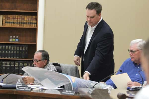 Brian Flynn with Rivercrest Engineering, Inc. in Paducah gave County Commissioners maps of Sanitation District #1.