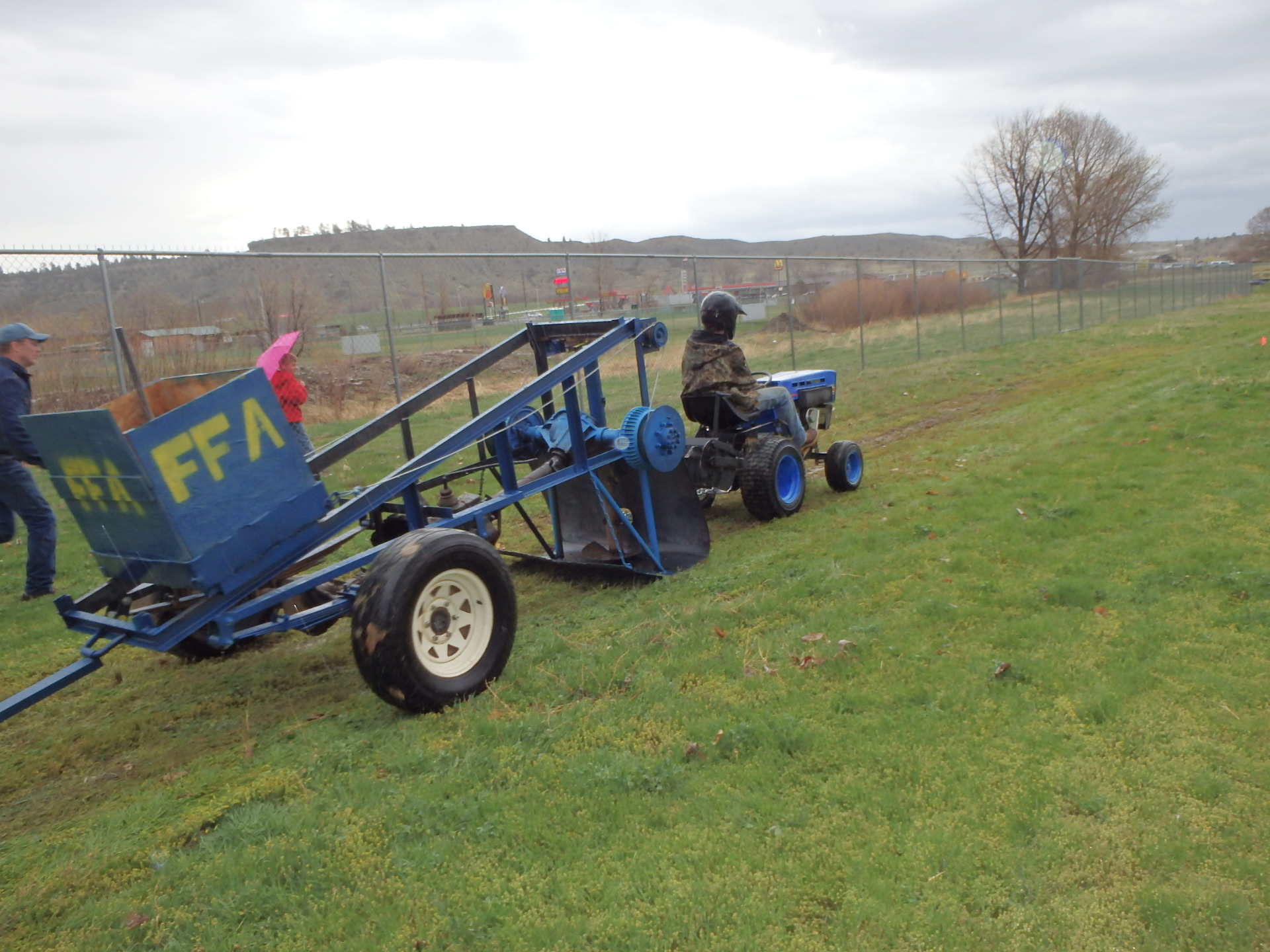 Columbus Ffa Lawn Mower Tractor Pull Kghl