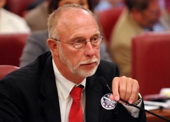 IL State Sen. Gary Forby (D-Benton)