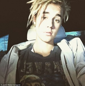 32D1715700000578-3522127-_Why_New_do_Justin_Bieber_revealed_his_latest_change_to_his_appe-m-120_1459735318914