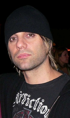 Criss_angel_(cropped_version)