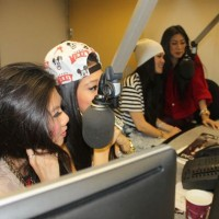 photos-jazmin-sisters-in-studio-6_590x395.jpg
