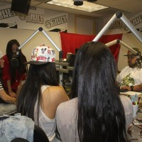 photos-jazmin-sisters-in-studio-19_590x395.jpg