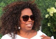 OprahWinfreyGivesBackonThanksgivingEve..jpg