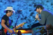 Chris+Young+Brad+Paisley+Country+Thunder+Day+DnOcoY-H38jl