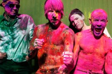 636098907437622547-red-hot-chili-peppers-2