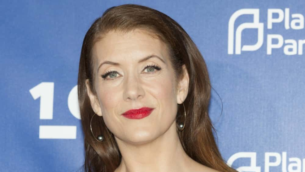 Grey\'s Anatomy\' actress reveals she was diagnosed with brain tumor ...