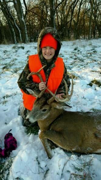 Preslie Robertson, age 10, First Deer 11/20/16