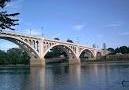 Memorial-Bridge.png
