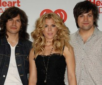 TheBandPerryisSayingGoodbyetoCountry..jpg