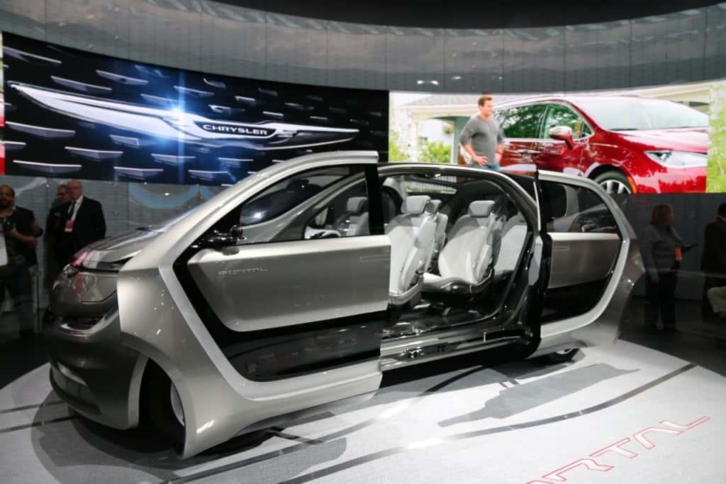 Chrysler concept vehicle--the Chrysler Portal