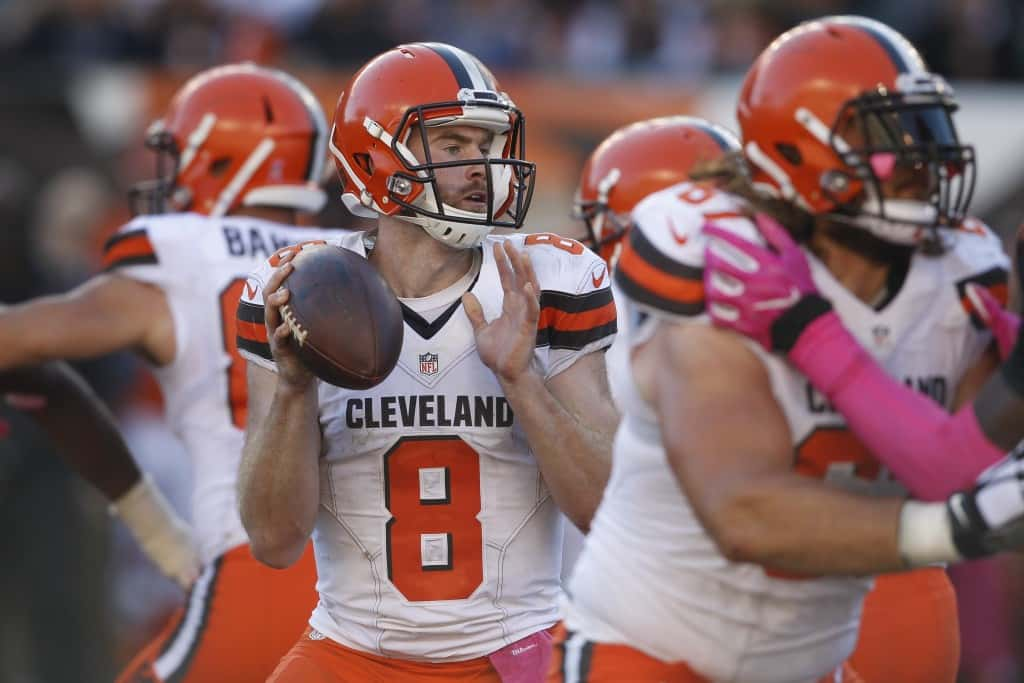 Cleveland Browns quarterback Kevin Hogan (8) looks to pass in the second half of an NFL football game against the Cincinnati Bengals, Sunday, Oct. 23, 2016, in Cincinnati. (AP Photo/Gary Landers)