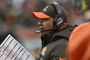 Cleveland Browns head coach Hue Jackson stands on the sideline during the second half of an NFL football game against the Pittsburgh Steelers in Cleveland, Sunday, Nov. 20, 2016. The Steelers won 24-9. (AP Photo/David Richard)