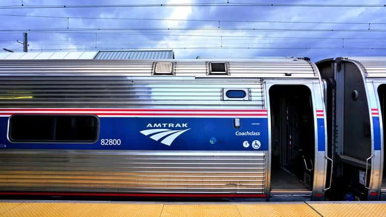AmtrakDerailsinKansasInjuringAtLeast29..jpg