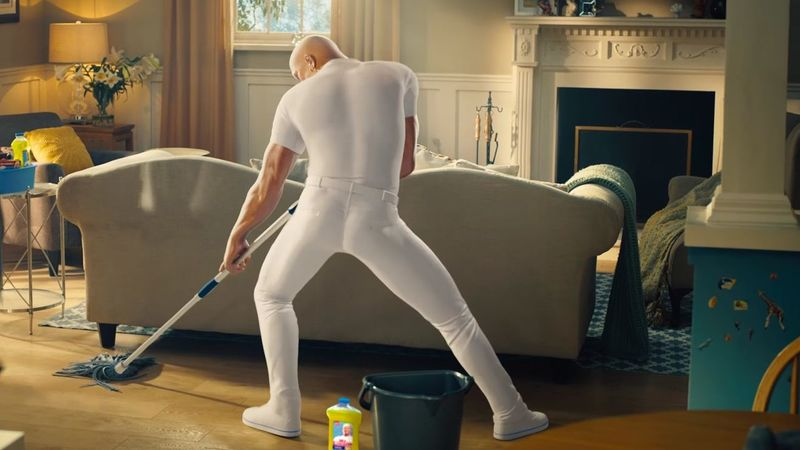 the mr clean commercial everyone is talking about fellas hide yo girl kpat