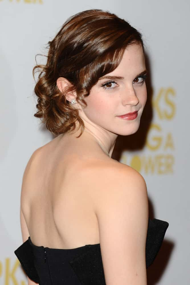 How To Create Belles Hairstyle From Beauty And The Beast : Emma watson set to star as belle in disneys live action beauty