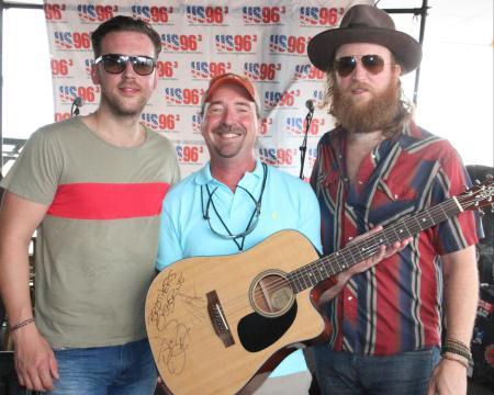 Brothers Osborne Acoustic Showcase
