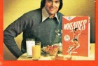 Bruce_Jenner_eating_Wheaties