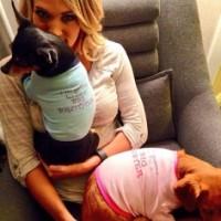 carrie-underwood-announces-pregnancy-2014-09-01-400px-2