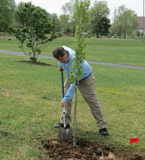 0429 Jon Skinner Arbor Day