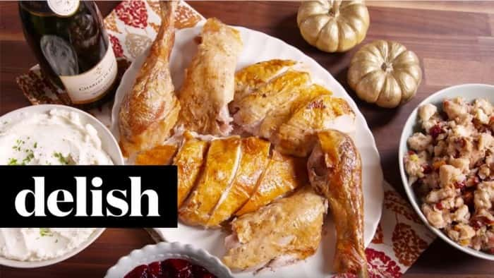 How-To-Carve-a-Turkey-Delish-1024x576