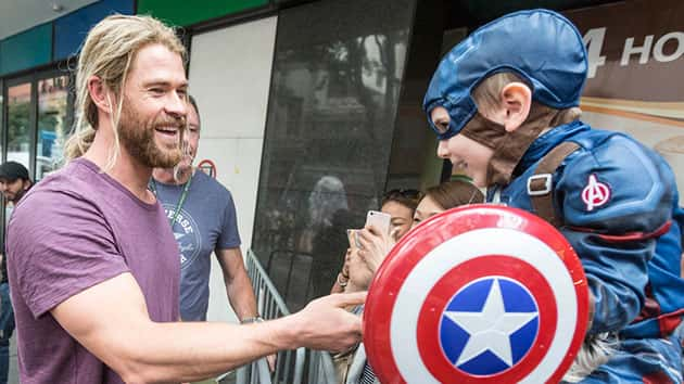 "Chris Hemsworth greets a young fan while filming ""Thor: Ragnarok"" in Australia; Glenn Hunt/Fairfax Media via Getty Images"