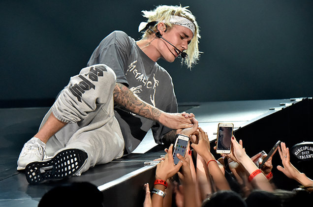 Justin bieber cancels meet and greets with fans after security justin bieber cancels meet and greets with fans after security incident hits 96 m4hsunfo