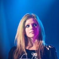 682px-Avril_Lavigne_Shanghai_2012