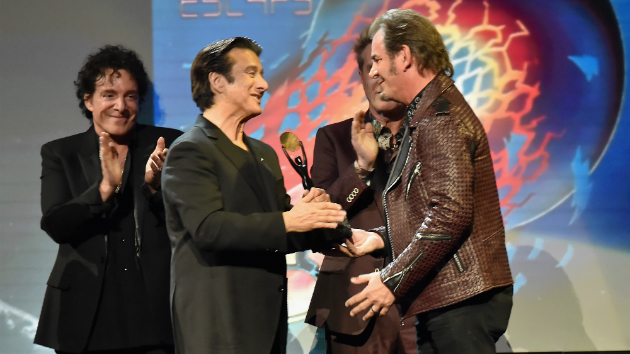 """Journey's Jonathan Cain says Steve Perry always has """"a door open to come around"""""""