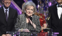 Betty White accepts the lifetime achievement award at the 42nd annual Daytime Emmy Awards at Warner Bros. Studios on Sunday, April 26, 2015, in Burbank, Calif. (Photo by Chris Pizzello/Invision/AP)