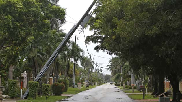 As Hurricane Irma Begins Descent On Florida, FPL Reporting Outages