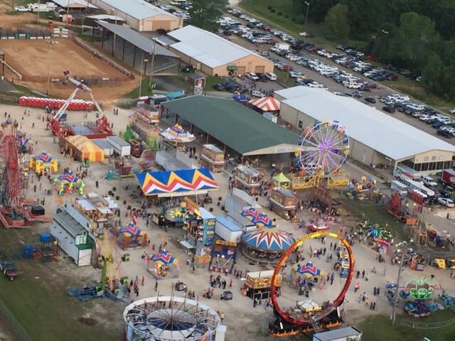 Worlds biggest fish fry from above wenk wtpr kfkq worlds biggest fish fry from above publicscrutiny Choice Image