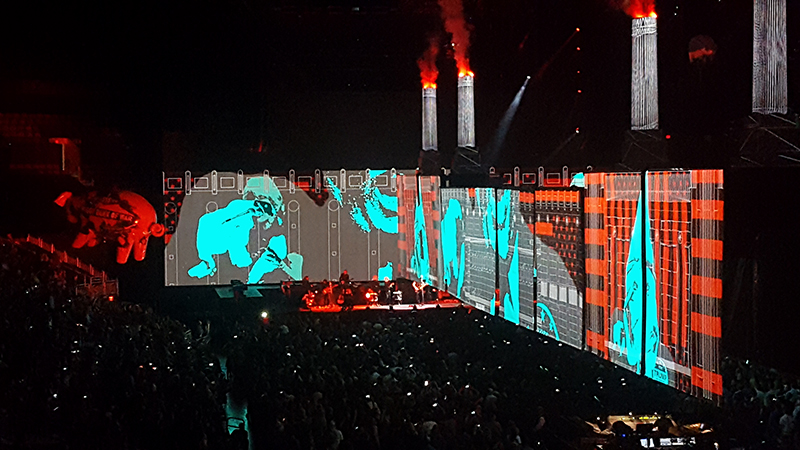 Roger Waters Live Tour
