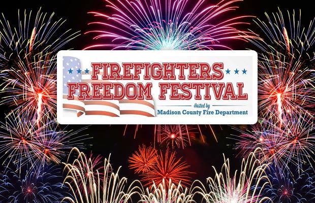 Huge FREE Fireworks Show July 4